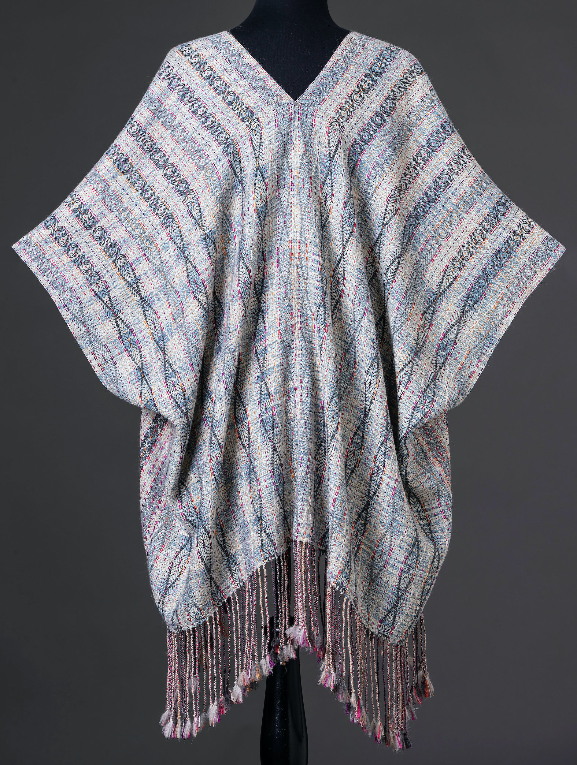 CAB-4 Dynasty capelet - back